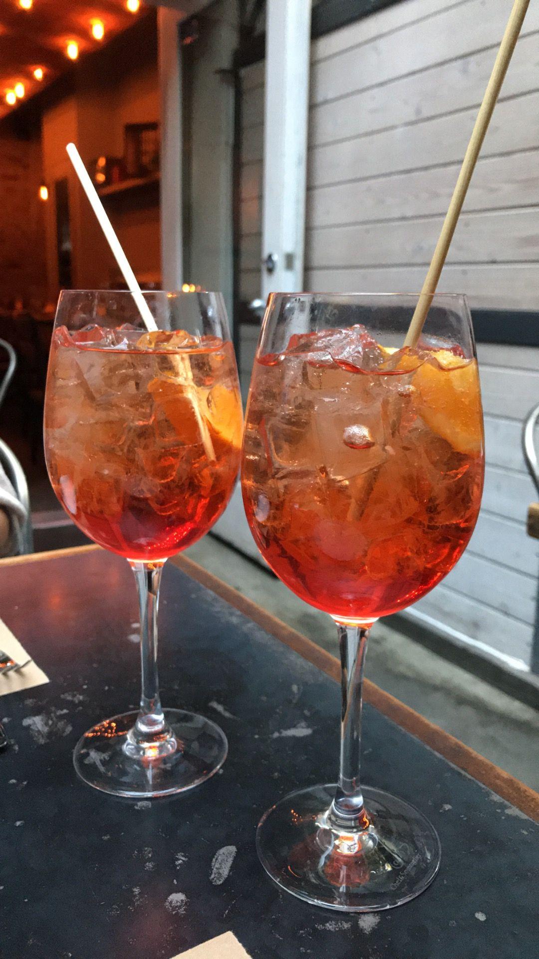 The Gal Fieri Baker Co Bleecker St Drinks Receitas Brincadeiras Com Bebidas Bar De Cerveja
