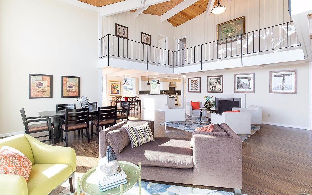 See this home on @Redfin! 10 Channing Way, Sausalito, CA 94965 (MLS #21527627) #FoundOnRedfin