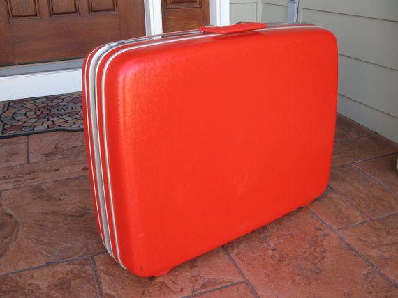 vintage LARGE red Samsonite hardside suitcase - luggage -with keys ...