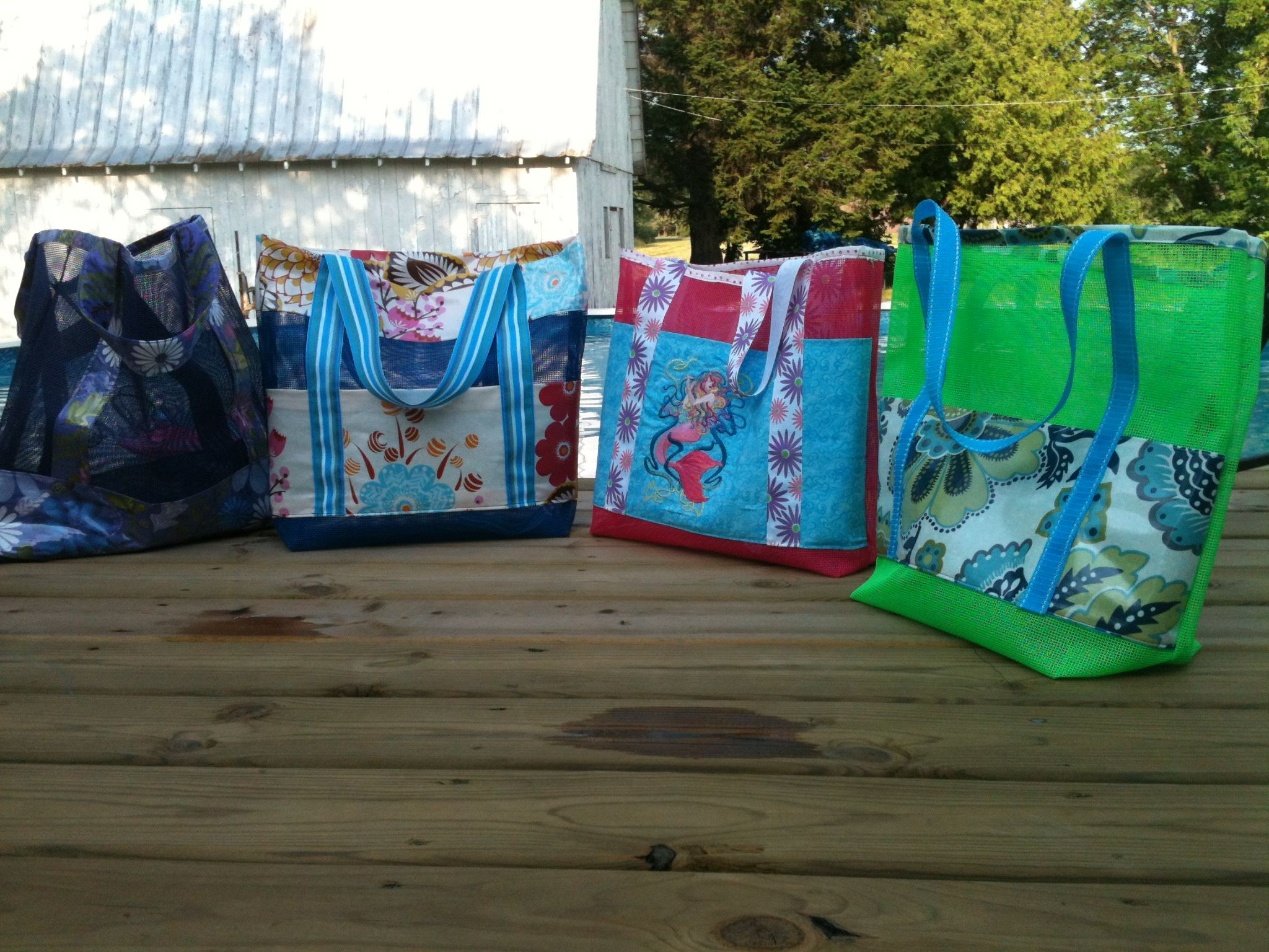 Vinyl Pet Screen Mesh Beach Bags, tote, | A Quilting Story | Pinterest