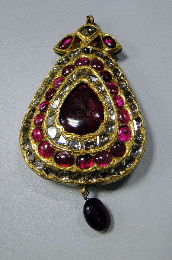 Vintage antique old gold kundan meena pendant diamond ruby 8 382 vintage antique old gold kundan meena pendant diamond ruby 8 382 on etsy mozeypictures Gallery