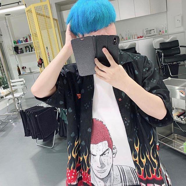 stimulusさんはinstagramを利用しています うちの韓国担当さとしくん 大胆にカラーチェンジ シルエットと色が完全にドラえもんなので明日どら焼でもプレゼンしてみます 似合ってるよさとし メンズサロ summer instagram hair instagram