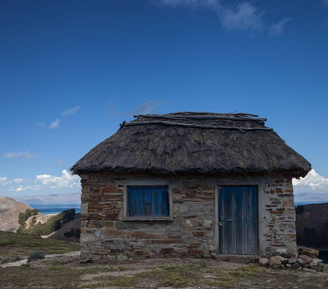 Faltam três dias para eu embarcar para dois meses de mochilão na Europa e ainda não acabei de postar as fotos da #tripandina2016 prometo pra logo mais imagens da Isla del Sol no Lago Titicaca antes de embarcar!