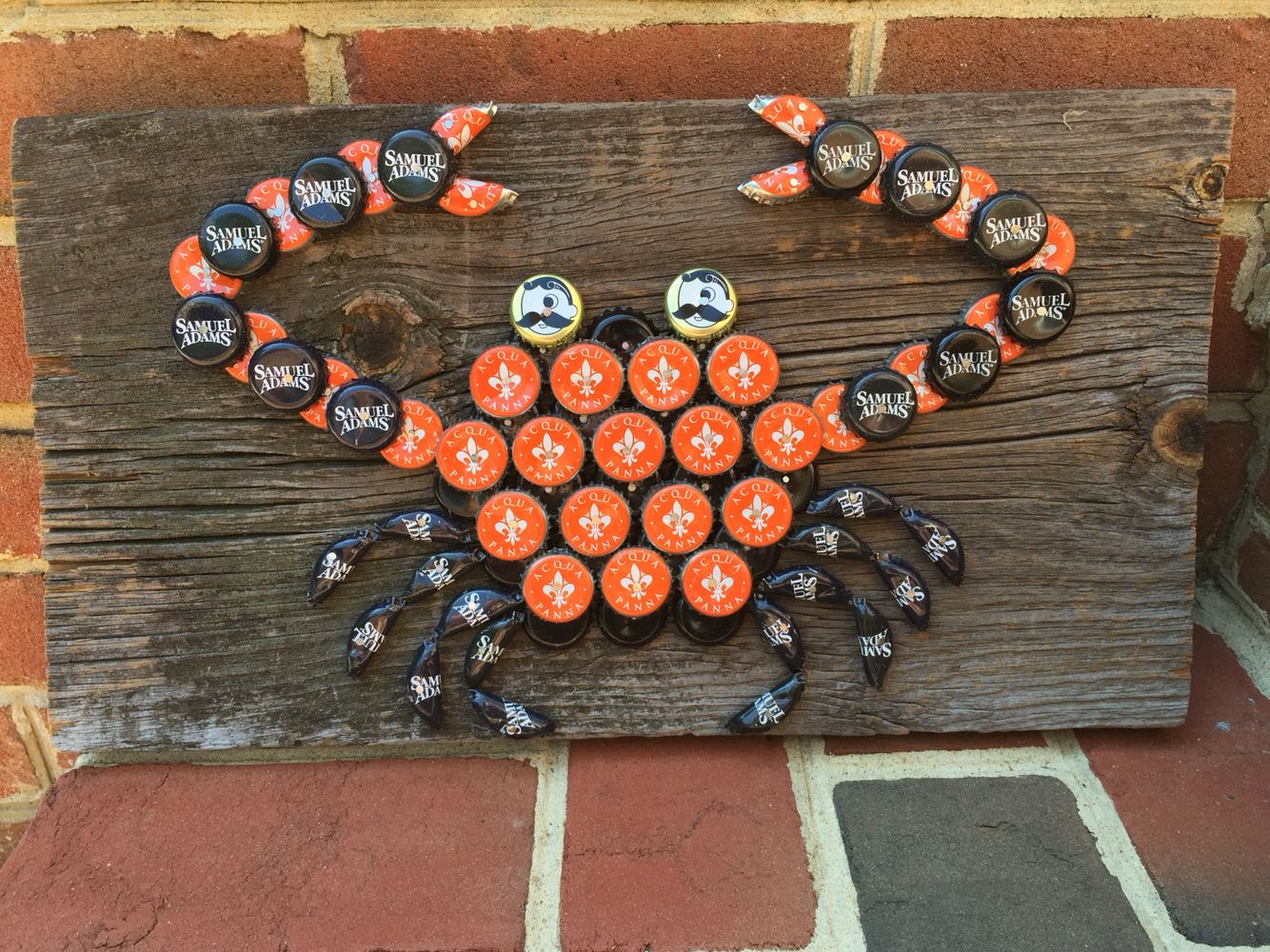 Beer cap oriole crab designed by crafty caps co for Cool beer cap ideas
