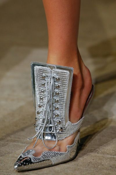 Givenchy S S 2016 - I totally need these!!!  3ace5fdff