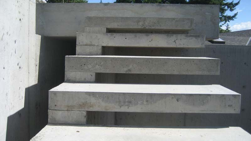 Best Material Stair Treads Outdoor Strong But Stylish 400 x 300
