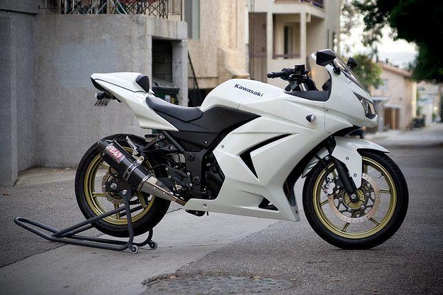 Kawasaki Ninja 250R (White) | Sd Machines (GARV) | Pinterest ...