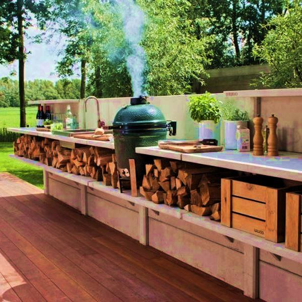 Diy Outdoor Kitchen Frames: Love The Wood Storage And Egg
