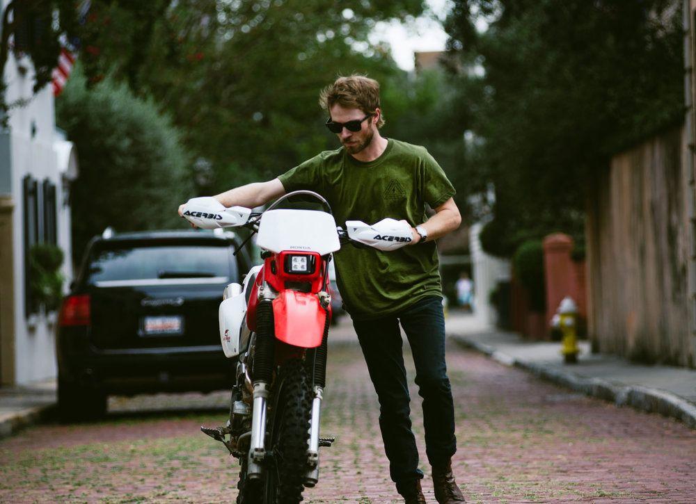 /// Honda XR400 Dual Sport