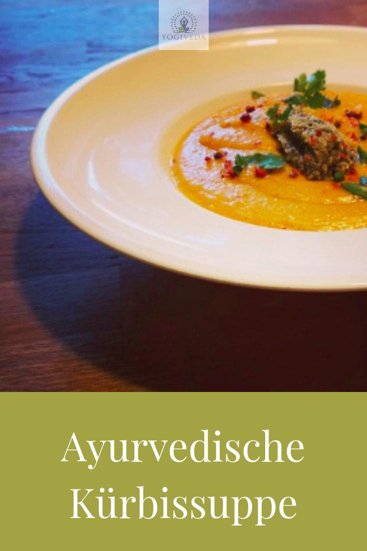 ayurvedische Kürbissuppe mit roten Linsen - ein Herbstgericht - Yogiveda