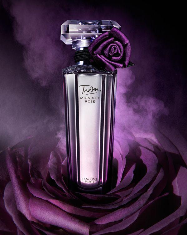 Tresor Close To Home In 2019 Rose Perfume Perfume Perfume Bottles