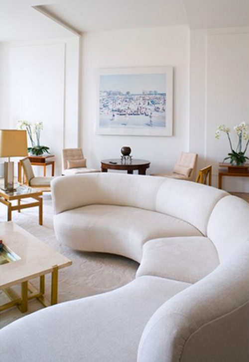 Great Room West The Idea Is A S Serpentine Couch Two Benches Chair On A Circular Rug With A Cool Coffe In 2020 Living Room White Sofa Design Living Room Modern