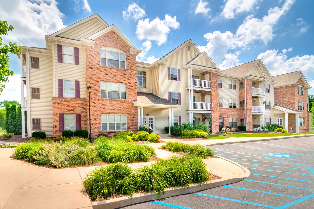See All Available Apartments For Rent At Creekside At Meadowbrook Apartments In Lowell In Creekside At Meadowbrook Apartme Apartments For Rent Apartment Rent