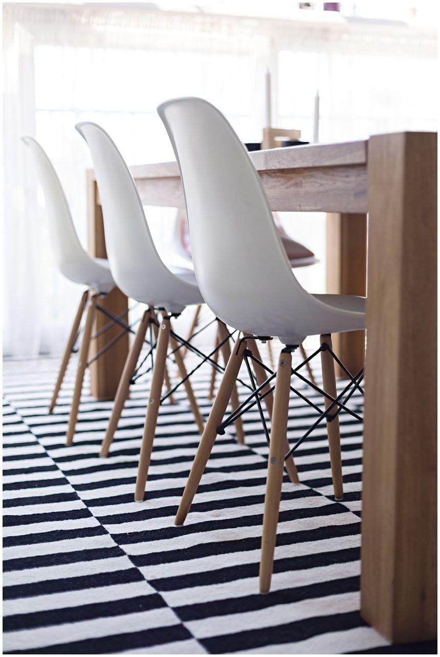 Teppich blau weiß gestreift  Trendiger Teppich von Ikea Stockholm | Esstische, Teppiche und ...