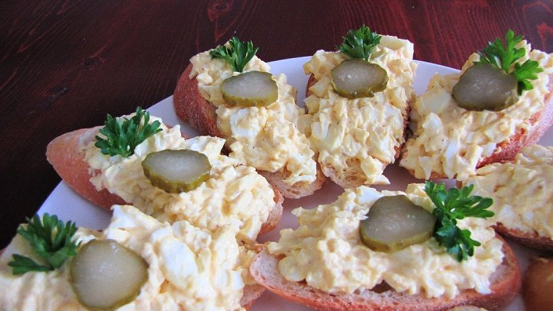 Recipe for czech egg salad chlebicky food czech foods recipe for czech egg salad chlebicky forumfinder Images