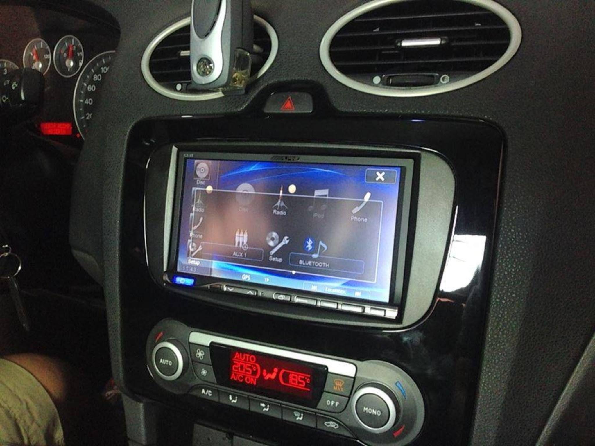 EBZ Móstoles - Car Audio Casi 200 metros cuadrados dividos en tienda ...