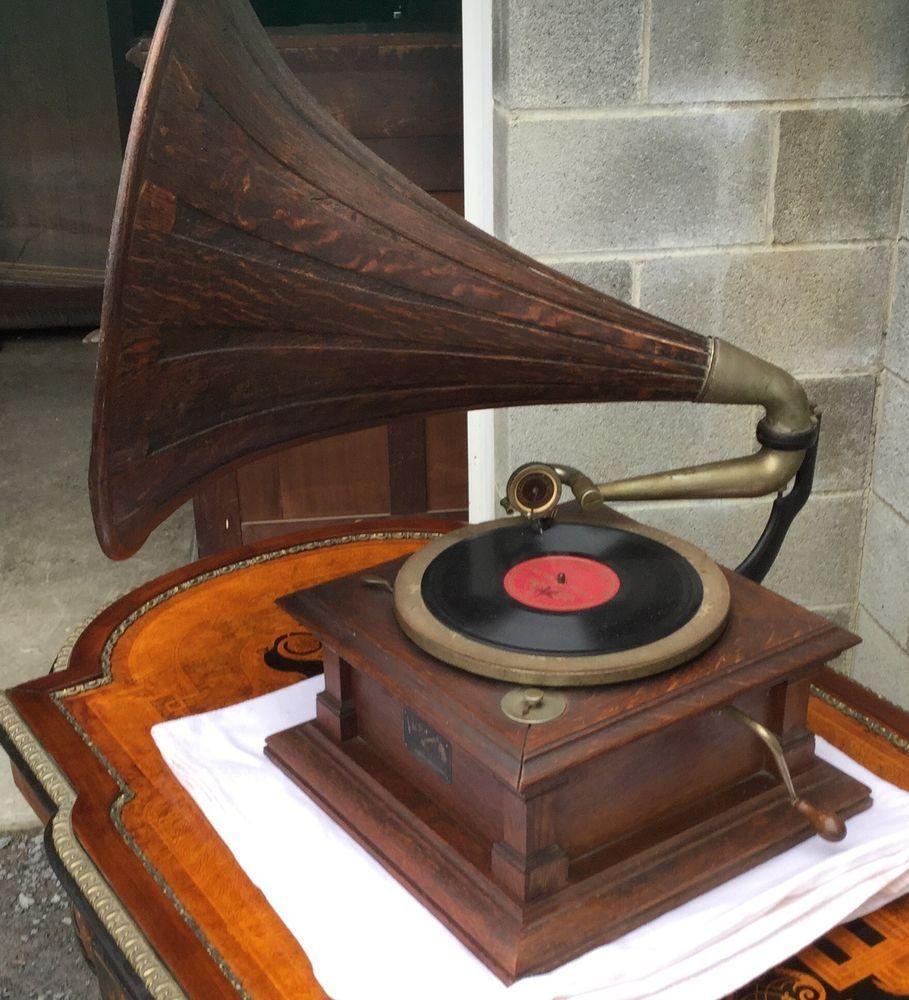 Rca Victor V Oak Phonograph Spear Tip Oak Horn Phonograph Antique Music Box Rca