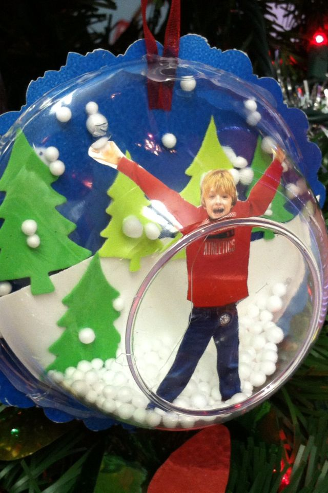 Christmas Snow Globe Ornaments Using Plastic Bowls And Student Photos Easy Cheap And The Kids Love Them