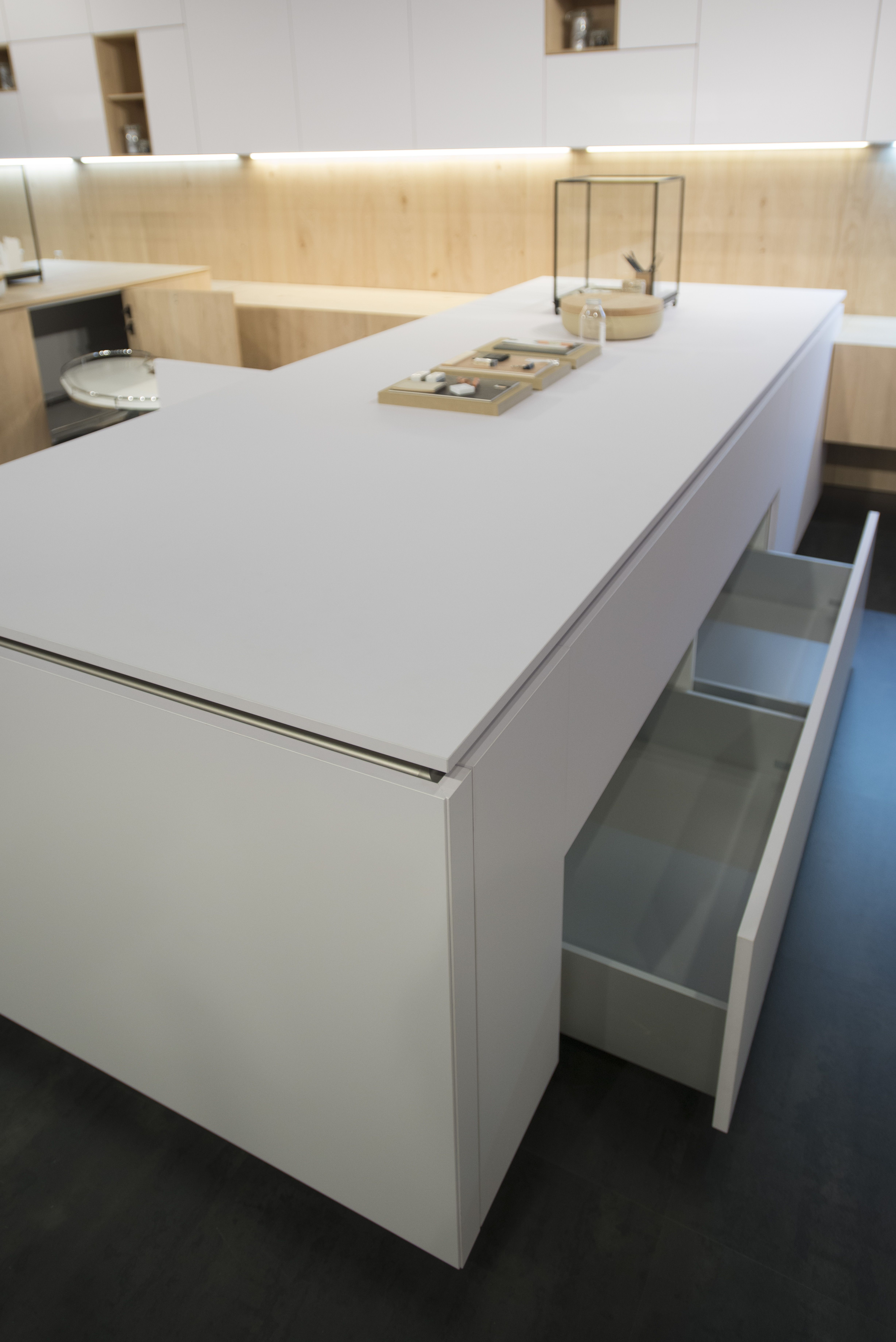 Fenix 0029 Bianco Male Kitchen Kitchen Cabinetry