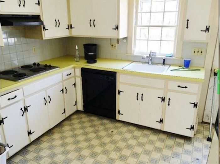 1960's Kitchen Gets a Dramatic Makeover | 1960s kitchen ...