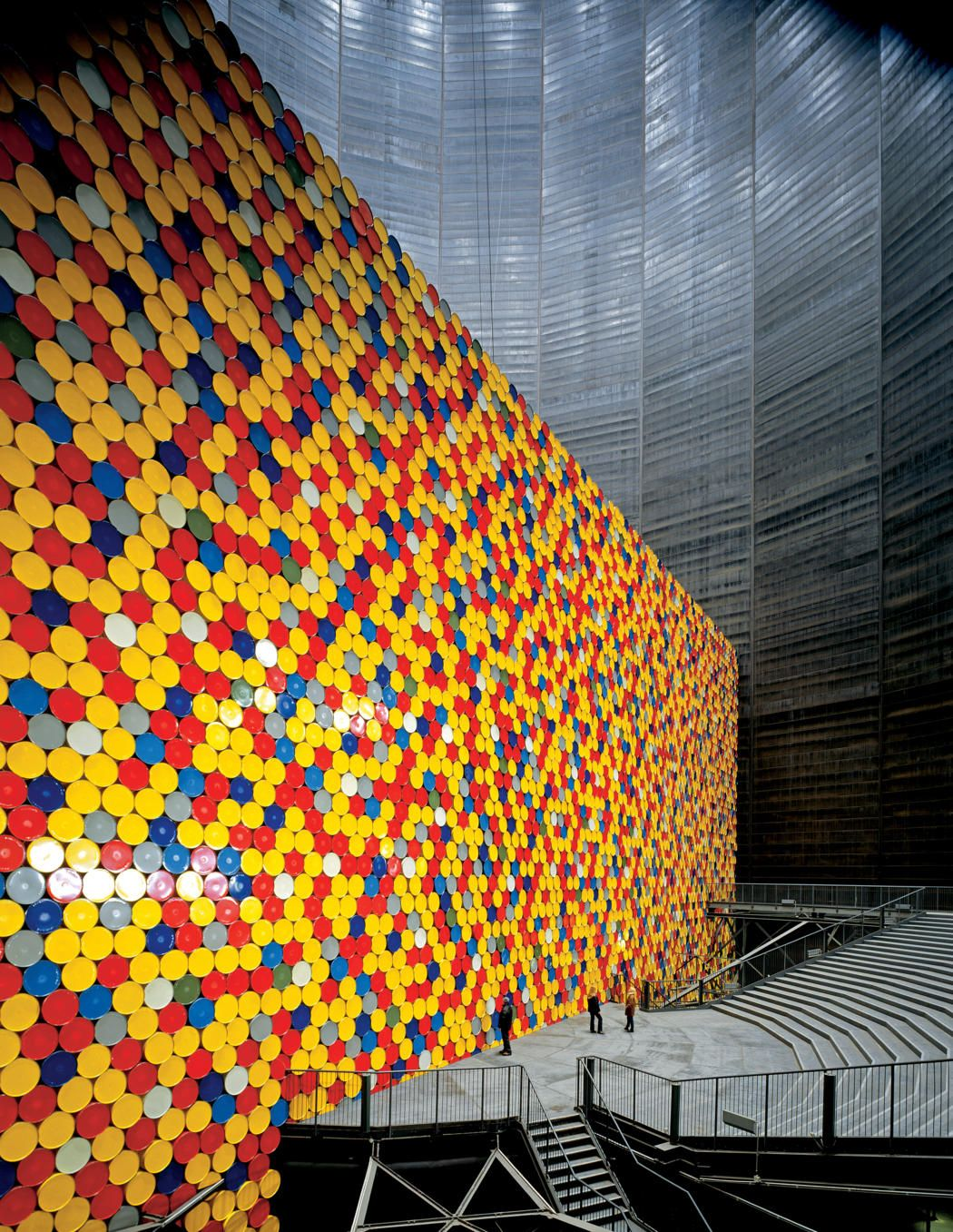 The Wall - 13,000 Oil Barrels, Gasometer Oberhausen, Germany, Christo and Jeanne-Claude (1998-9)
