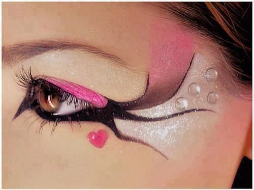 Cool eye makeup style want to try