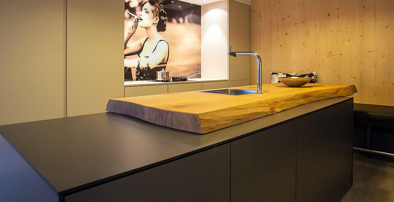 Ihre individuelle schreinerküche aus unserer beer küchenmanufaktur bei münchen große auswahl an material und markengeräten für ihre küchenplanung