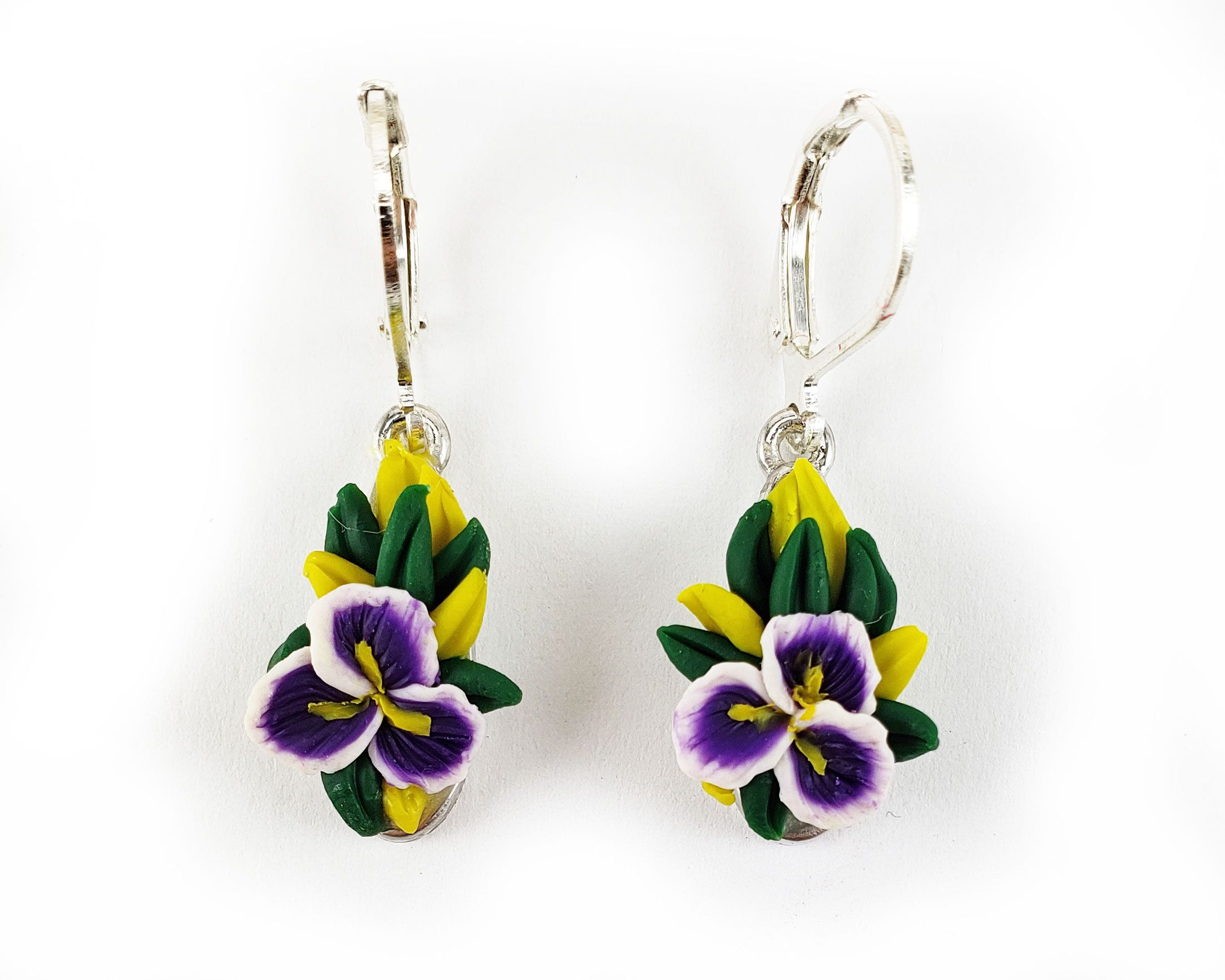 Purple Iris Flower Earrings Iris Flower Jewelry Iris Dangle Earrings Iris Flower Gifts Purple Iris Silver Earrin In 2020 Iris Jewelry Purple Iris Flower Jewellery