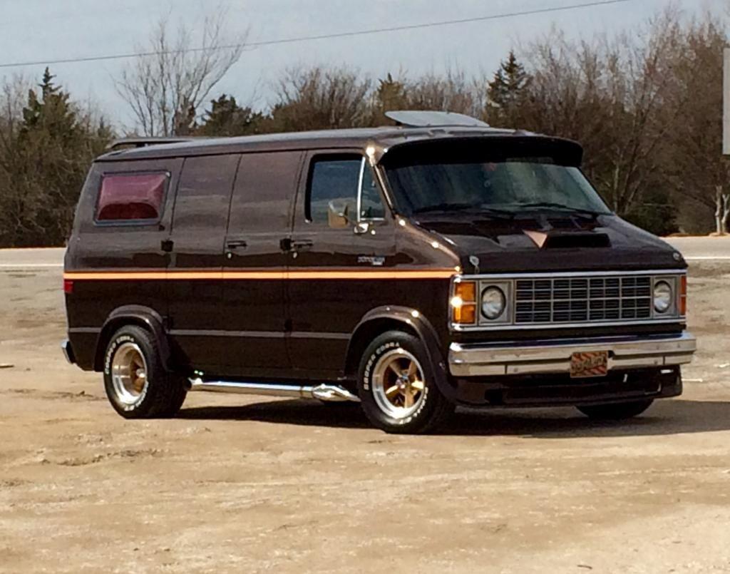 Van models left side 1990 dodge ram van picture vannin pinterest dodge ram van ram van and dodge rams