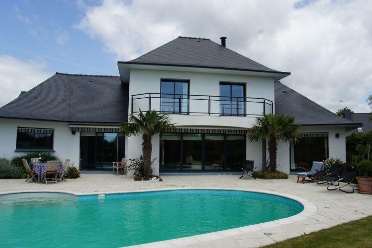 vente maison contemporaine 8 pieces 200 m2 entre mer et. Black Bedroom Furniture Sets. Home Design Ideas