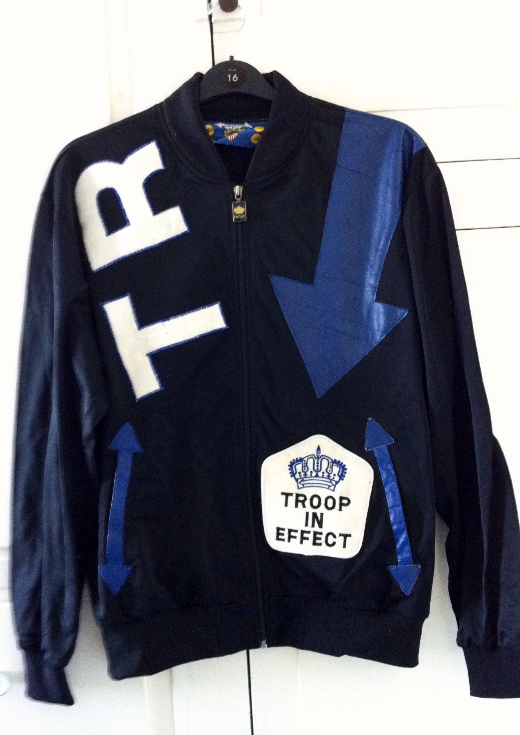 d90747503 troop tracksuit - Google Search | 70's 80's 90's | Troops, Hip hop ...