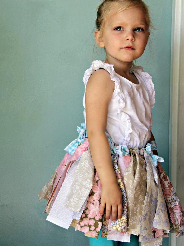 Tutu Röckchen zum Aschenputtel-Kostüm für kleines Mädchen selber - lustige bilder selber machen