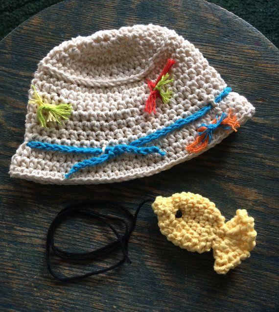 Del bebé sombrero de pesca con señuelos de algodón y 1 pez de ...