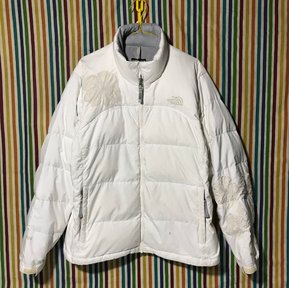 The North Face Patch Flower Goose Down Fill 700 Puffer Jacket Etsy Face Patches Puffer Jackets The North Face [ 999 x 1000 Pixel ]