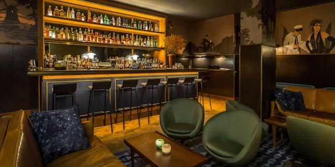 Evening Bar Why It S Hot This Lounge Eatery Inside The Smyth Hotel Features Bites By Chef Andrew Carmell Smyth Hotel Hotel Interior Design Hospitality Design