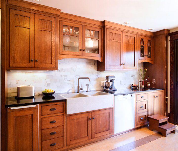 Craftsman Kitchen Oak Cabinets