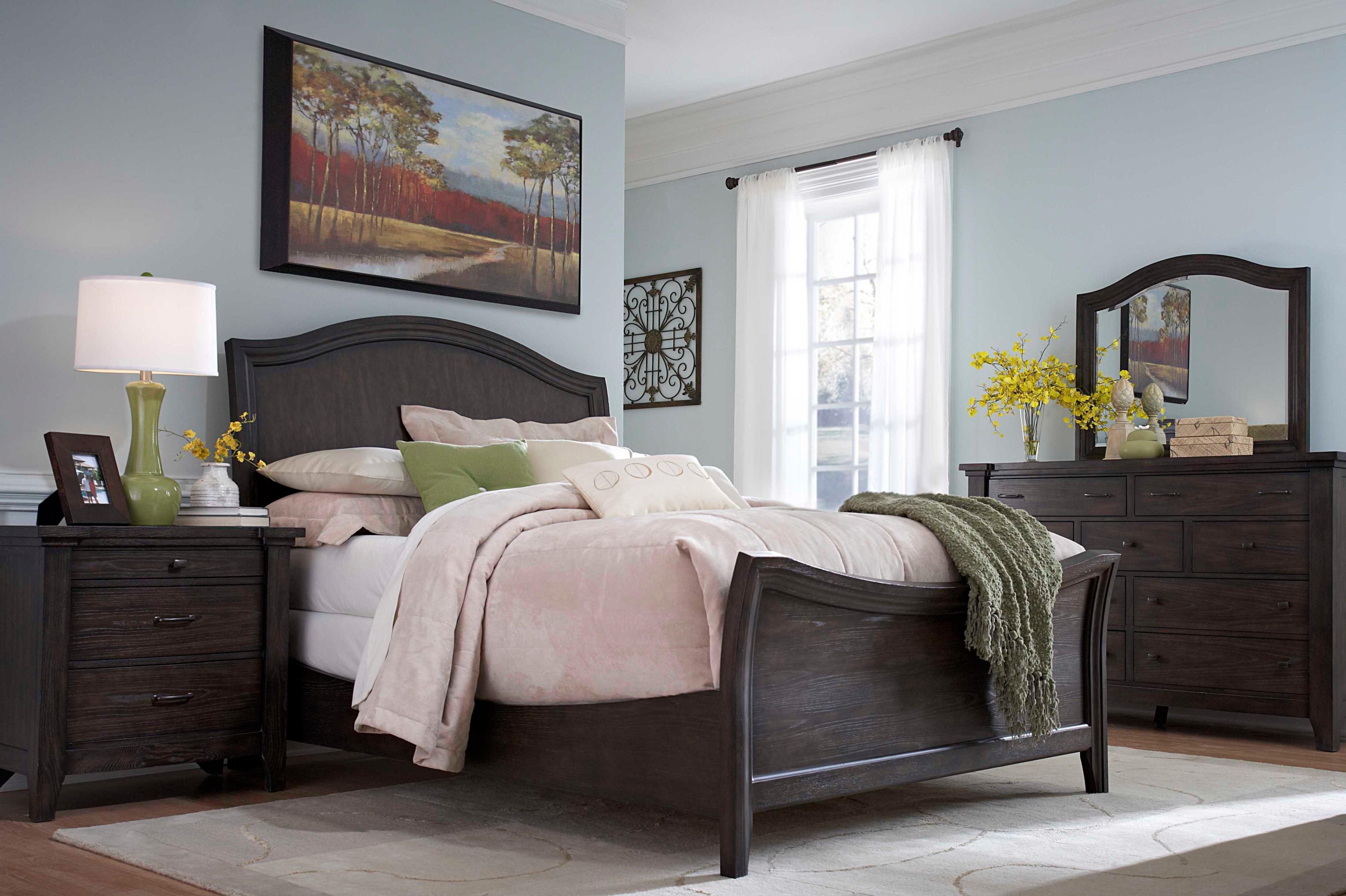 Broyhill Furniture Attic Retreat Queen Bedroom Group ...