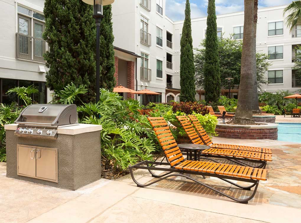 Work The Grill Or Relax While A Friend Works It For You At Amli City Vista One Of Houston S Premiere Luxury Ap Apartment Communities Luxury Apartments Vista