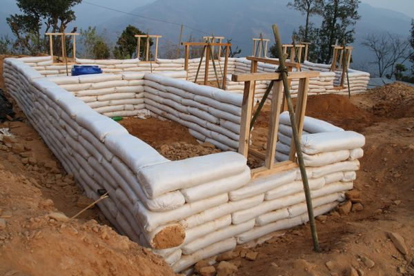 How Long Does it Take to Build with Earthbags
