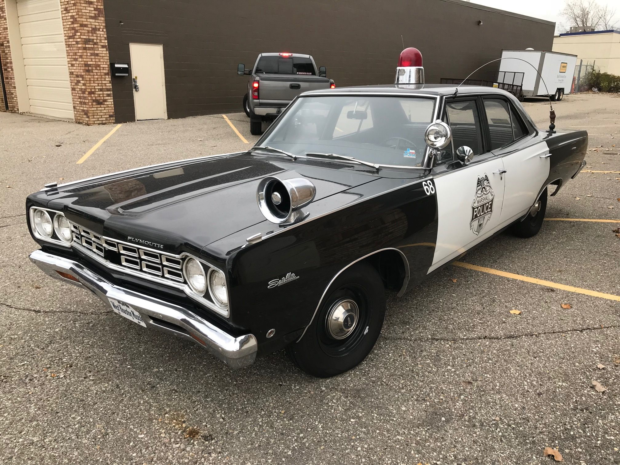 Bid For The Chance To Own A No Reserve 1968 Plymouth Satellite At 1953 Savoy Wagon Auction With