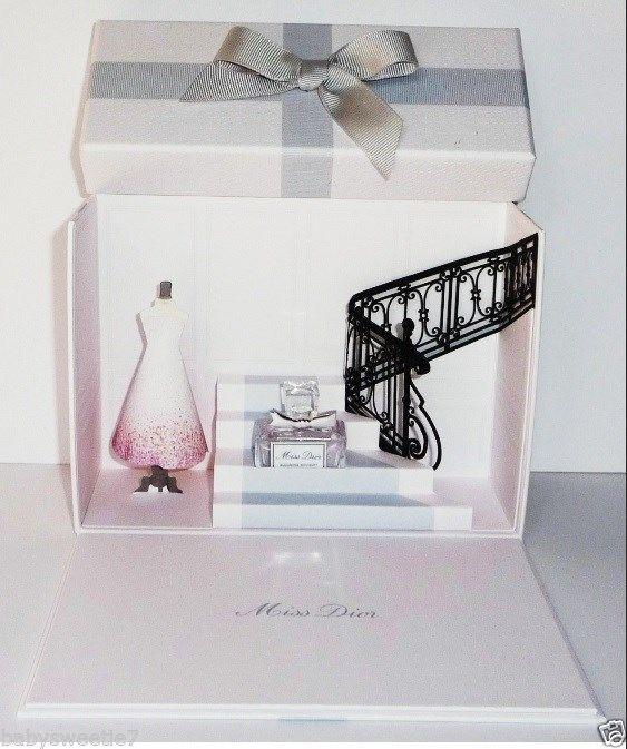 miniature dior noel 2018 Christian Dior Miss Dior Blooming Bouquet EDT Coffret 5ml  miniature dior noel 2018