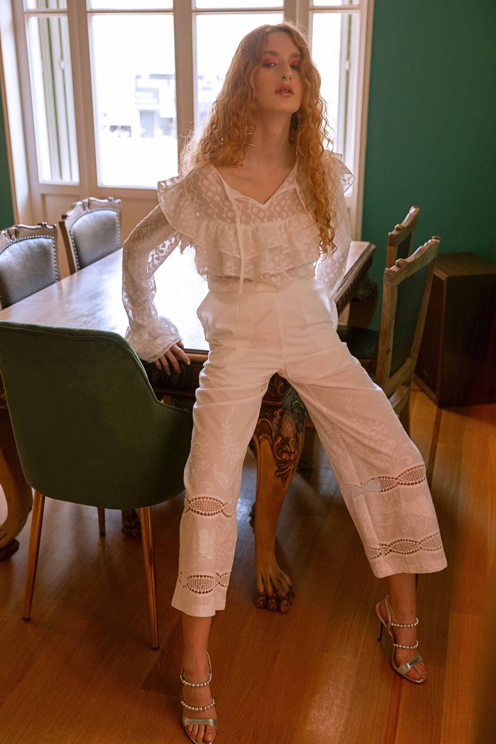 White cropped pants, white summer pants, white summer jupe culottes, lace details pants, jupe culottes with pockets, embroidered white pants