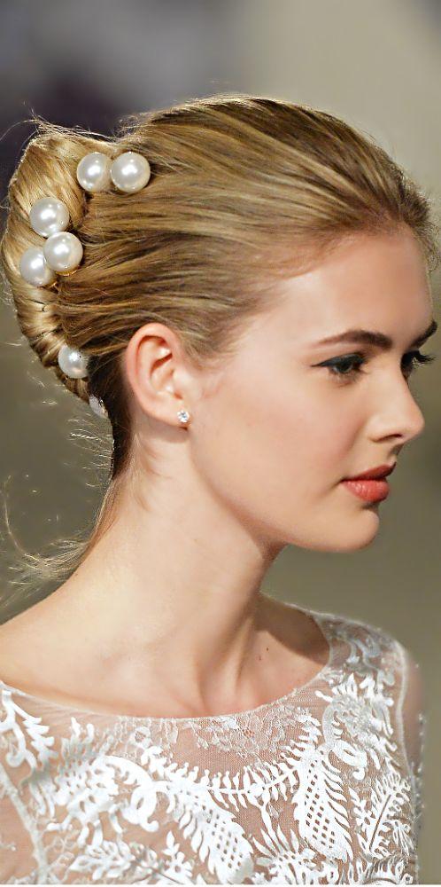 carolina herrera bridal, spring 2015. #wedding #hairstyle