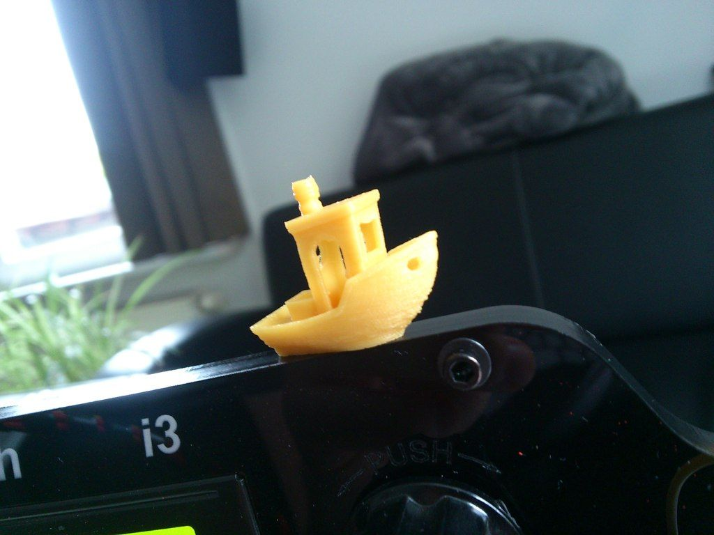 #3DBenchy+-+The+jolly+3D+printing+torture-test+by+darealmoo.+Based+on+a+design+by+CreativeTools.