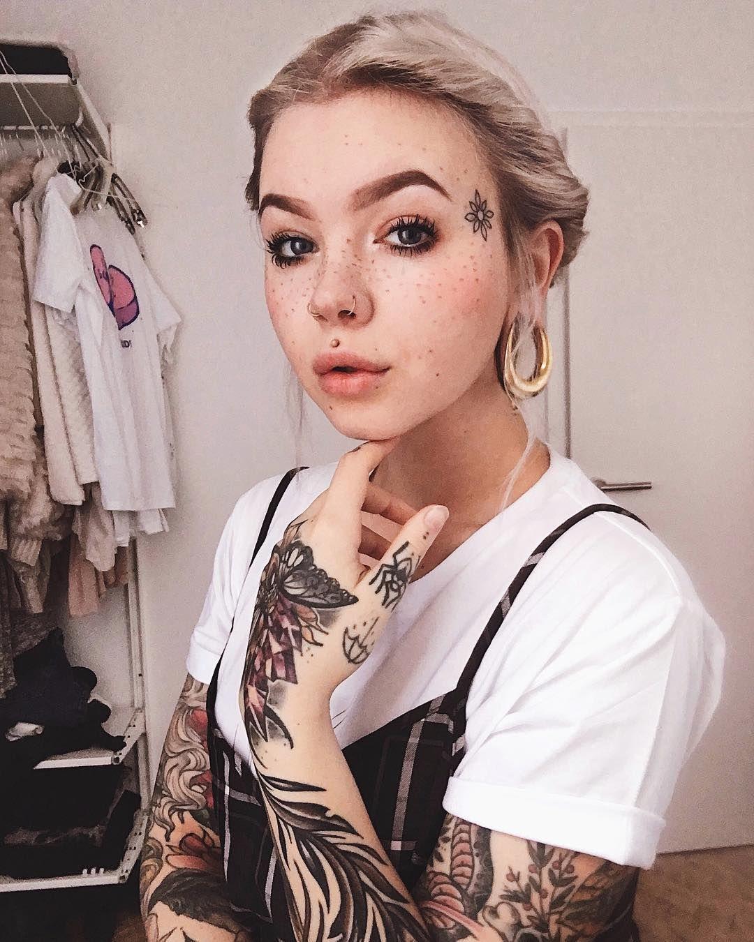 jenxtonic Facial tattoos, Face tattoos for women, Girl