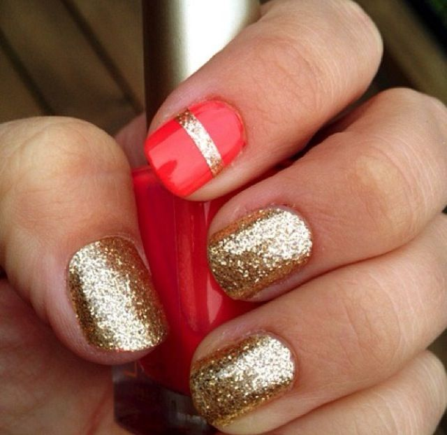 Super cute simple gold nails