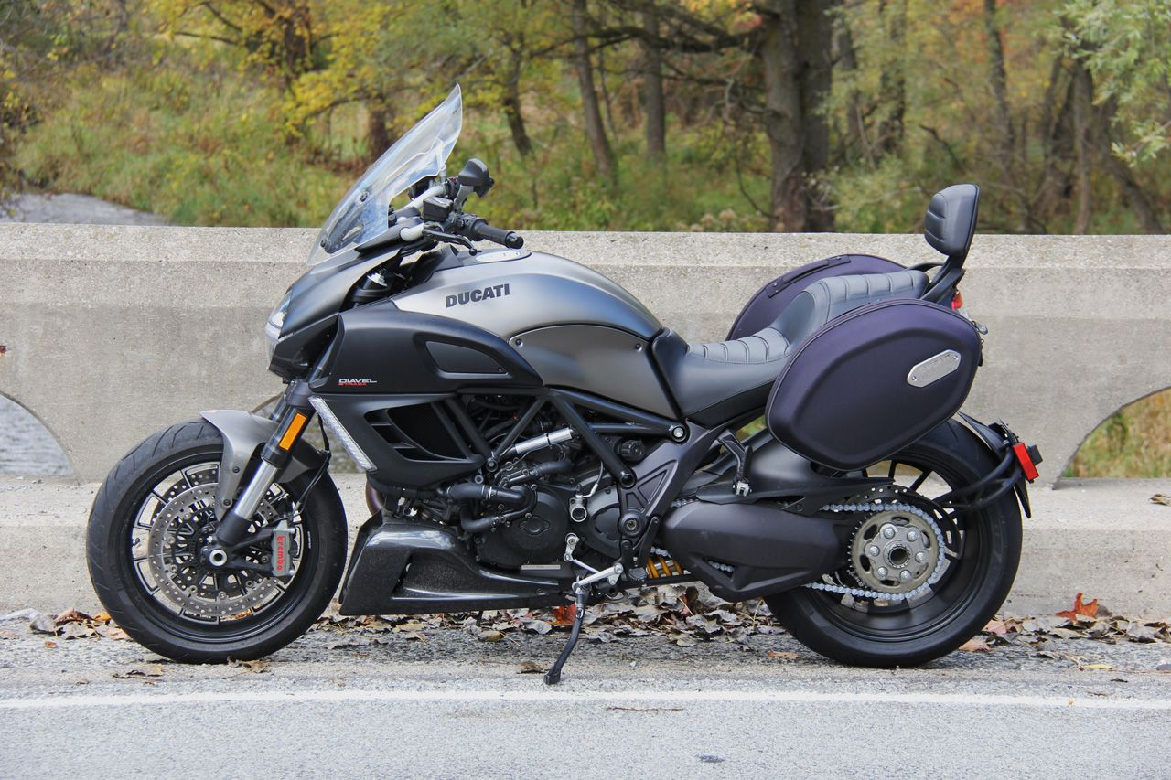 motorcycle reviews: 2014 ducati diavel strada review | autotrader