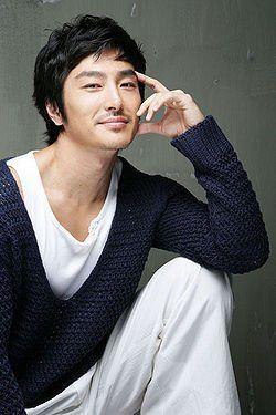 Name: Ryu Tae-Joon Hangul: 류태준 Birthdate: December 7, 1971