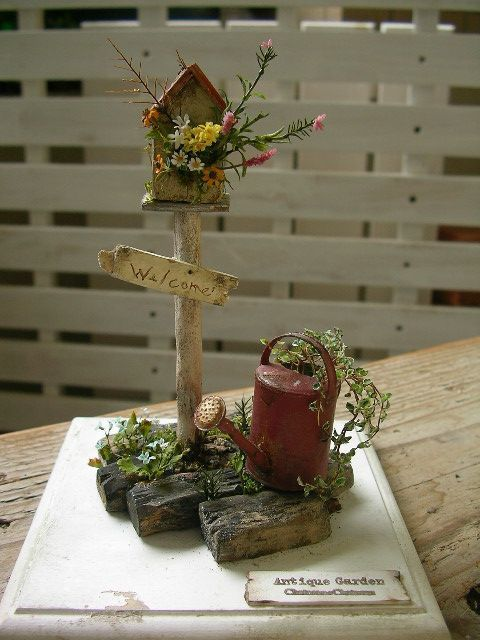 Letterbox and plants for 1/12 scale miniature Fairy