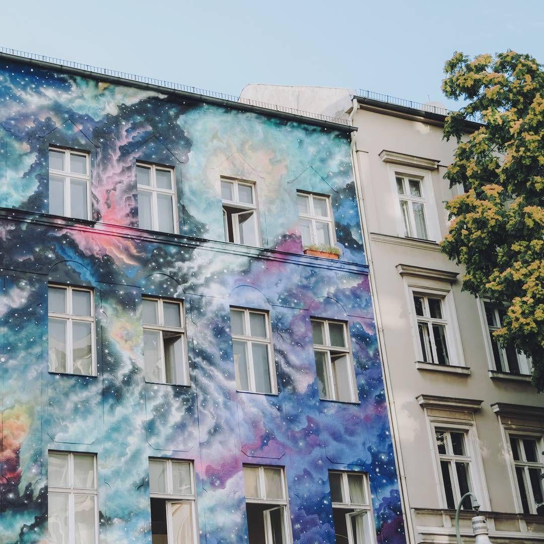 Street art in Berlin in the Bülowstrasse by https://www.instagram.com/map_of_joy/